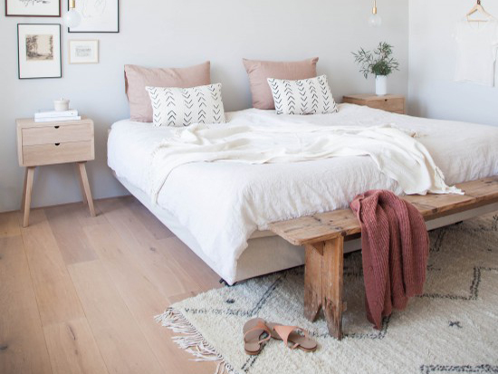 Ongekend 4x zo style je een bankje aan het voeteneind van je bed - Alles om WY-26