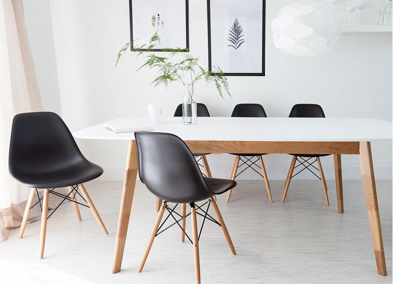 In de spotlight  de Eames stoel   Alles om van je huis je Thuis te maken   HomeDeco nl