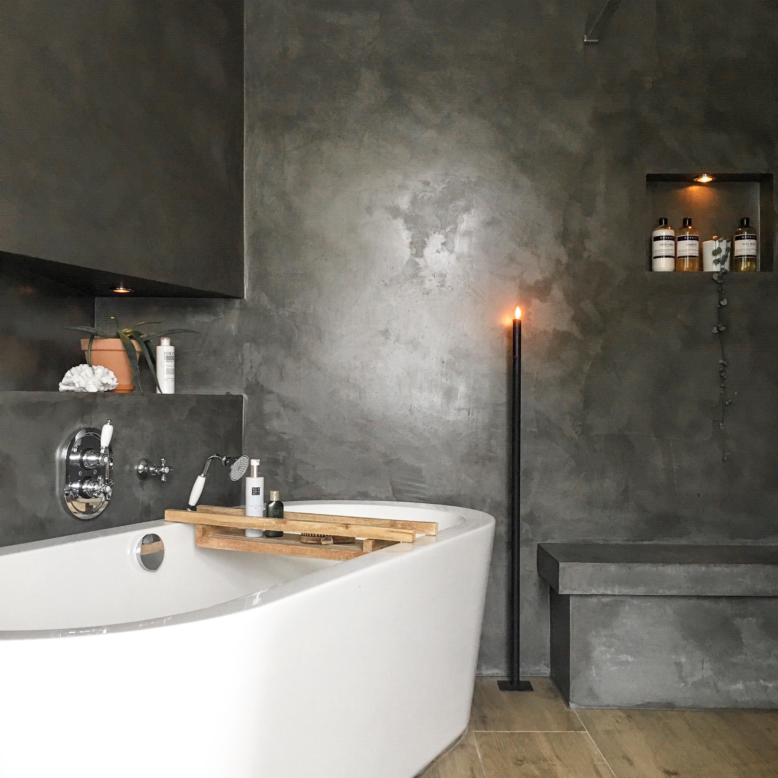 badkamer bad hout beton