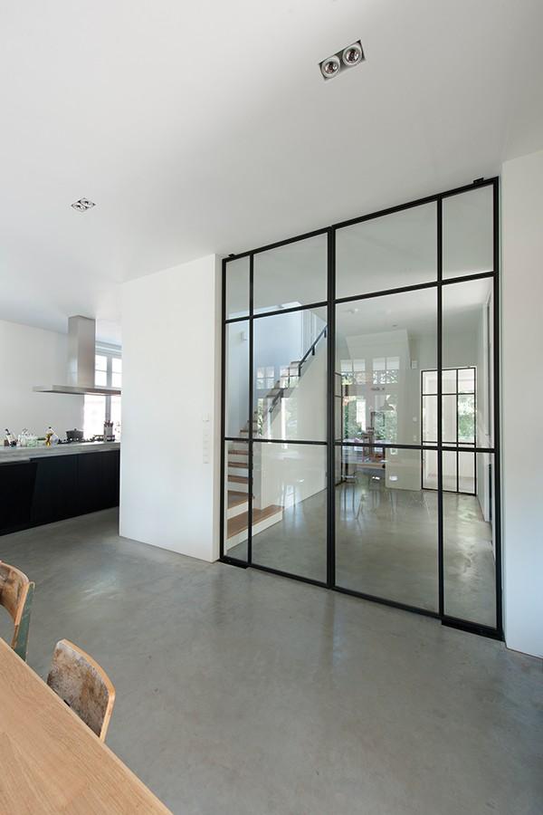 10x de mooiste interieurs met zwarte kozijnen - Alles om van je ...