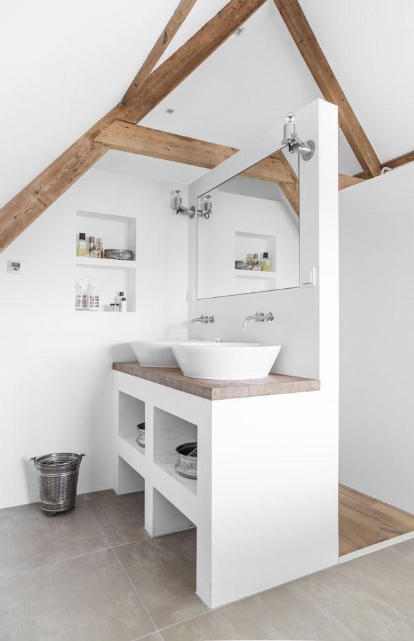 Trend: een badkamer met hout - Alles om van je huis je Thuis te ...