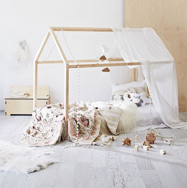 diy kinderbed met houten huisje alles om van je huis je thuis te maken. Black Bedroom Furniture Sets. Home Design Ideas