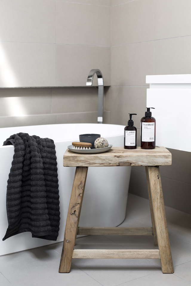 4x houten bankje in je interieur - Alles om van je huis je Thuis te ...