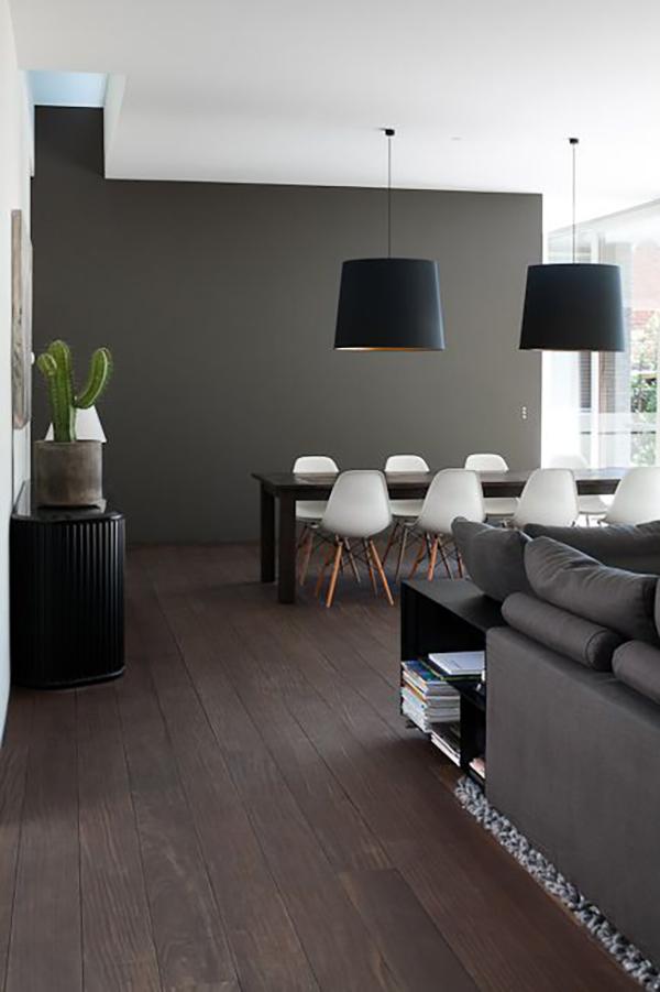 10x de mooiste donkere vloeren - Alles om van je huis je Thuis te ...