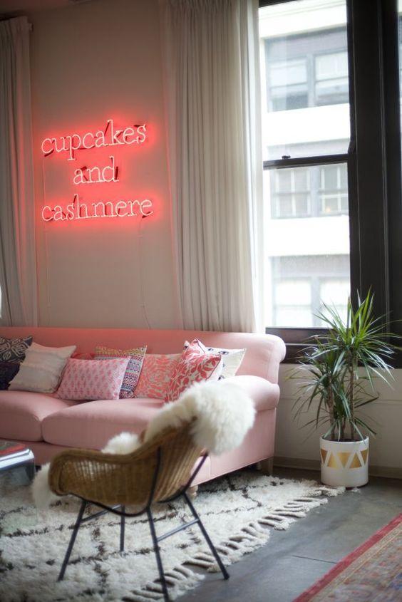 10x interieurs met hippe neon lights - Alles om van je huis je Thuis ...