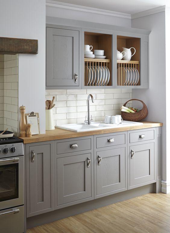 10x de mooiste keukens met een likje grijze verf alles om van je huis je thuis te maken - Verf keuken lichtgrijs ...